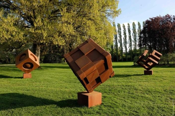 Les 89 cubes - Eric Ferber - Jardin des arts 2018