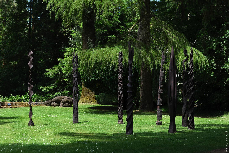 Les totems de Philippe POUSSET - Jardin des Arts 2021